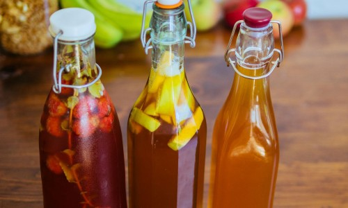 What are the 3 main health benefits of kombucha?